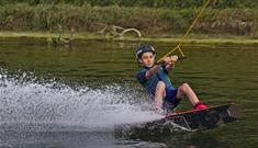South Coast Wakeboarding, boy doing tricks