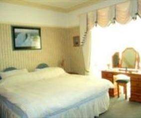 Image of a double room.