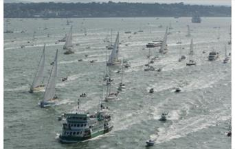 Cowes Day Trip