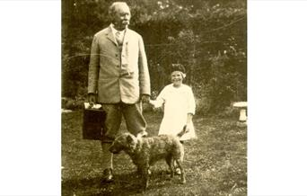 Photo of Conan Doyle in the Garden at Bignell Wood