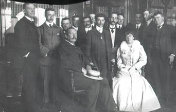 Photo of Arthur Conan Doyle at Carmelite House
