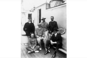 Photo Arthur Conan Doyle on a boat returning from the Boer War