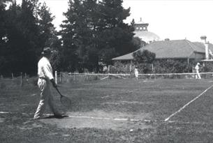 Photograph of Conan Doyle playing tennis